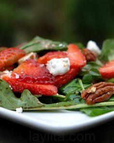 strawberry goat cheese arugula salad