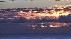 Desde las Islas Canarias  ..Fotografias  : Amanecer en la Costa de Meloneras...Maspalomas ......
