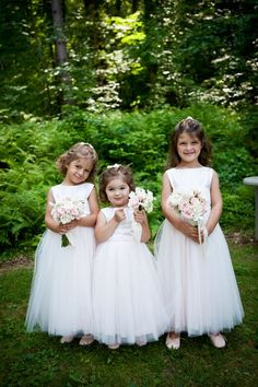 Such sweet little flower girls in a Vermont wedding! {Hendrickson Photography Weddings}