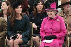 Pin for Later: Kate Middleton ist eben doch eine richtige Prinzessin Mit der Queen selbst