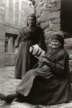 Ruth Matilda Anderson - Vella fiandeira. A Fonsagrada. 1925