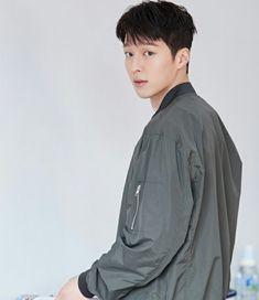 Kim Won Joong Park Hae Jin, Park Seo Joon, Asian Actors, Korean Actors, Kim Won Joong, Song Joong, Yoo Ah In, K Wallpaper, Ideal Man