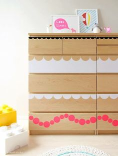 Pinjacolada: DIY dresser update IKEA Malm update using stickers Painting Ikea Furniture, Furniture Projects, Furniture Makeover, Painted Furniture, Diy Furniture, Diy Projects, Dresser Makeovers, Ikea Paint, Affordable Furniture