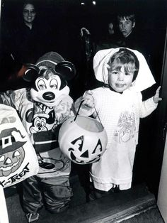 Trick-or-treat throwback: See 22 old Halloween photos from Flint's past | MLive.com