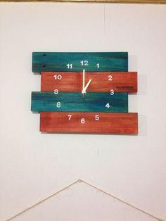 Reloj de Pared de pallets, estibas. By Palopinto
