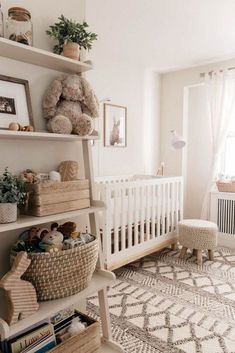 Fine Deco Chambre Neutre that you must know, You?re in good company if you?re looking for Deco Chambre Neutre Baby Nursery Decor, Baby Decor, Baby Nursery Ideas For Girl, Project Nursery, Bunny Nursery, Nursery Room Ideas, Woodland Nursery, Chic Nursery, Nursery Modern