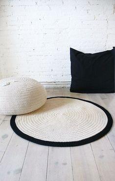 Articles similaires à Round Rug plancher au crochet sur Etsy Crochet Home Decor, Diy Crochet, Simple Crochet, Knit Rug, Crochet Carpet, Modern Crochet, Beige Carpet, Deco Design, Round Rugs