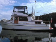 1980 CHB Double Cabin Power Boat For Sale - www.yachtworld.com