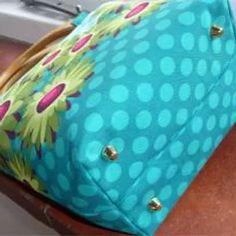 Patterns | Sew Lush Diy Tote Bag, Purse Tutorial, Diy Handbag, Handbag Patterns, Fabric Purses, Yoga Bag, Handmade Handbags, Patchwork Bags, Bago