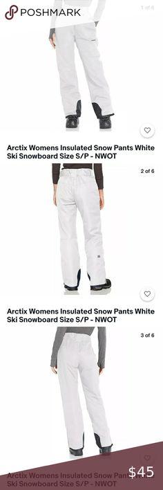 "BRAND NEW  LADY/'S /""WHITE STAG DARK BLUE DENIM 4 POCKET SHORTS with CLOTH BELT"