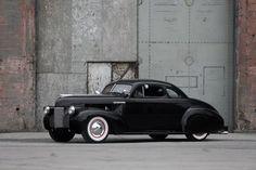 Virosta tulee näyttelyyn useampiakin auto, mutta yksi ehdottomasti hienoimmista on tämä 1940 vuoden Chevrolet Kustom. American Car Show pääsiäisenä Helsingin messukeskuksessa 3.-6.4.2015!