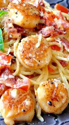 Creamy Garlic Scallop Spaghetti with Bacon - ready in under 30 minutes. ((Zucchini noodles in place of spaghetti)). Creamy Garlic Scallop Spaghetti with Bacon - Rock Recipes - Rock Recipes Fish Recipes, Seafood Recipes, Great Recipes, Rock Recipes, Cooking Recipes, Healthy Recipes, Recipies, Garlic Recipes, Pasta Recipes