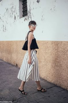 See the week's most inspiring street style spring / summer outfits, from edgy slip dress layers to shorts and minis. Get the looks here! Fashion Moda, Look Fashion, Fashion Outfits, Womens Fashion, Fashion Design, Girl Outfits, White Fashion, Dress Fashion, Spring Street Style