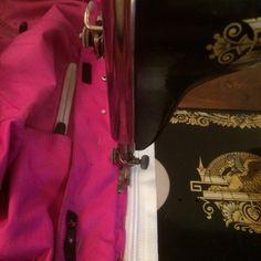 Leonora.fi: Så mycket roligare Suitcase, Blog, Blogging, Briefcase
