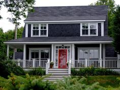 Tricks for choosing exterior paint colors tips and the perfect trim color creativity exchange. Beautiful house exterior color idea with smoke screen wall excerpt different colour for home. Green Exterior Paints, Black House Exterior, Grey Exterior, Exterior Paint Colors, Exterior House Colors, Exterior Doors, Dark Grey Houses, Dark House, Red Door House