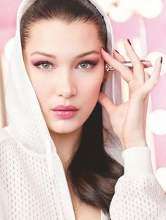 Dior Makeup ambassador Bella Hadid heads backstage for a new campaign touting the 'Lip Glow' balm. Captured by Cass Bird, the wears a perforated… Makeup Ads, Dior Makeup, Makeup 2018, Makeup Advertisement, Makeup Geek, Natural Lip Colors, Natural Lips, Dior Beauty, Beauty Makeup