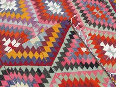 Online Sources for Kilim Rugs