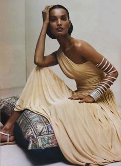 """ Summer Escapes - Liya Kebede by Steven Meisel for Vogue US June 2004 "" Liya Kebede, African Beauty, African Fashion, Beautiful Black Women, Beautiful People, Simply Beautiful, Ethiopian Beauty, Natalia Vodianova, Estelle Lefébure"