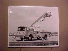 ORIGINAL MACK FIRE TRUCK DELIVERY PHOTO SAN FRANCISCO INTERNATIONAL AIRPORT