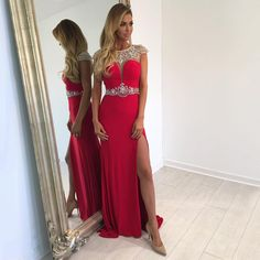 <B>1.+About+The+Details+Of+This+Dress</B>  Silhouette:+Sheath/Column Hemline:+Sweep+Train Neckline:+Scoop+Neck Fabric:+Chiffon,+Tulle Sleeve+Length:+Sleeveless Embellishment:+Beading,+Split+Front Back+Details:+Zipper Waist:+Empire Fully+Lined:+Yes Boning:+Yes Occasion:+Prom Straps:+C...