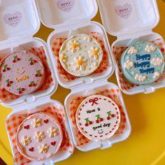 Pretty Birthday Cakes, Pretty Cakes, Cute Cakes, Mini Cakes, Cupcake Cakes, Cakes Sydney, Korean Cake, Cute Baking, Gateaux Cake