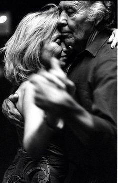 Dancing photography couple tango 25 ideas for 2019 Vieux Couples, Old Couples, Cute Couples, Intimate Couples, Elderly Couples, Happy Couples, Happy Girls, Photo Couple, Couple Art