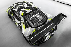 Audi R8 GT3 LMS Recon MC8 Gets an Urban Camo Wrap – automotive99.com