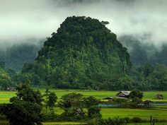 Vang Vieng, Laos. travel. traveling. vacay. vacation. getaway. book a flight. holiday. hotels. villas. resorts