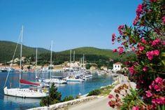 Fiscardo (A quaint little port village in Kefalona)