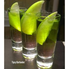 Bad Bitch Shot - For more delicious recipes and drinks, visit us here: www.tipsybartender.com