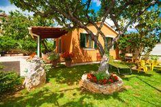 Cherry A2+2 in Vinkuran ab 60 € pro Objekt / Nacht. Buchen Sie dieses Ferienhaus für bis zu 4 Personen in der Region Istrien, Pula - Medulin in…