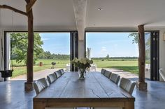 Funda Woonboerderij Modern Rustic, New Homes, Dining Table, Farmhouse, Windows, Living Room, Inspiration, Furniture, Home Decor