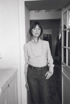 charlotte gainsbourg // black and white // style Charlotte Gainsbourg, Serge Gainsbourg, Gainsbourg Birkin, Jane Birkin, Alexa Chung, Twiggy, Style Parisienne, Bianca Jagger, French Actress