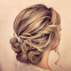20 Killer Swept-Back Wedding Hairstyles - MODwedding