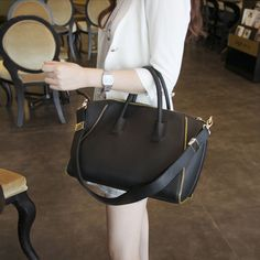 chloe python handbag - The perfect black handbag <3   Purses   Pinterest   Black Handbags ...
