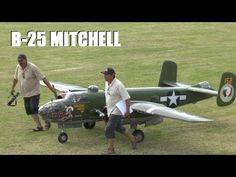 ② GIANT 1/3 SCALE RC B-25 MITCHELL 2 X 400 cc MOKI 5 CYL - WESTON PARK 2014 - LEGENDARY FIGHTERS - YouTube