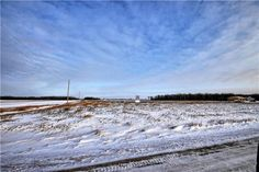 R17//St Pierre-Jolys/So you've been looking to build your home on an Acreage but you are tired of looking at prices above $100k+....Well now you can purchase here and save on the land cost and put that Extra $$ in your Home Build! Low property taxes, practically no crime, privacy, space and a paved highway for the easy commute to where ever. No restricted Builders that you have to build with so you're in Charge! Minimum building specs are enforced and will ensure your re-sale value. Check…