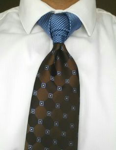 Necktie Knot - Elephant