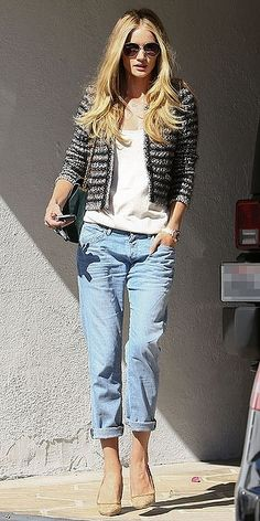 """Inspiration Look - LoLoBu - the """"boyfriend"""" jean, again gap makes a good one too...I have a pair, say comfy."""