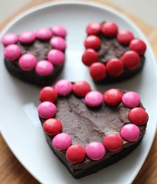 Valentine's Day brownies ~~ can do with cookies or cupcakes...for cupcakes, you just put a marble outside of the cupcake liner when you're filling them in the pan.