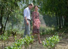 hrhduchesskate:  Royal Tour 2016, Day 4, Kaziranga, Assam, India, April 13, 2016-The Duke and Duchess of Cambridge in the Panbari village near the Kaziranga National Park