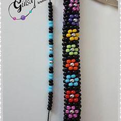Fotoğraf açıklaması yok. Bead Crochet Patterns, Beading Patterns Free, Beaded Jewelry Patterns, Beading Tutorials, Bead Jewellery, Jewelery, Apple Watch Leather Strap, Crochet Beaded Bracelets, Beaded Lanyards