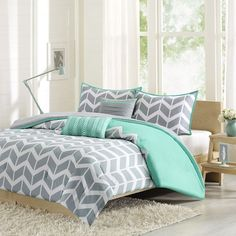 Intelligent Design Laila Comforter Set (Green) ($85) ❤ liked on Polyvore featuring home, bed & bath, bedding, comforters, green, green twin comforter set, king size pillow shams, green comforter, king comforter set and green twin comforter