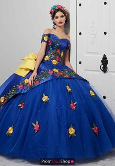 Stand out at your quinceanera and wear this vibrant ball gown 24061 by LA Glitter. Featured is a fitted bodice and a lovely sweetheart off the shoulder . Xv Dresses, Dresses For Sale, Blue Dresses, Fashion Dresses, Prom Dresses, Mexican Quinceanera Dresses, Mexican Dresses, Mariachi Quinceanera Dress, Quinceanera Ideas