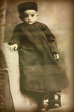 Tatars. Детский снимок татарского историка и писателя Газиза Губайдуллина. Казань. 1890