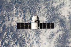 satelit buatan. Kredit: Pexels.com   SpaceNesia -Mengenal Satelit Buatan, Selain memiliki Bulan yang merupakan satelit alami, Bumi kita...