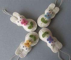 Képtalálat a következőre: Handmade Felt Ornaments Felt Diy, Handmade Felt, Felt Crafts, Fabric Crafts, Diy Crafts, Creative Crafts, Bunny Crafts, Easter Crafts, Felt Bunny