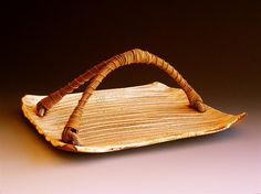 kohiki 25 ( platter with handle ) 13 x 10 x 9 inches
