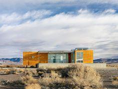 Death Valley, Nevada, desert prefab home by San Francisco architects studio nottoscale