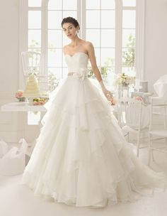 Dear lovelies, we are starting the week with a fabulous bridal collection of Aire Barcelona wedding dresses. Aire Barcelona Wedding Dresses, 2015 Wedding Dresses, Wedding Gowns, Wedding Blog, Wedding Stuff, Wedding Ideas, Bridal Dresses Online, Bridal Gowns, Ball Dresses